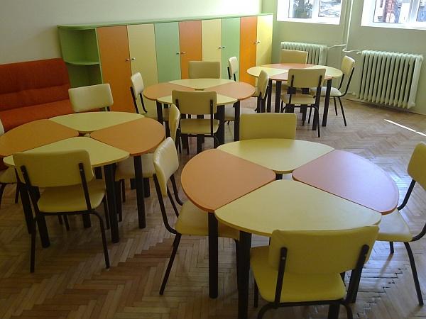 обзавеждане за класни стаи